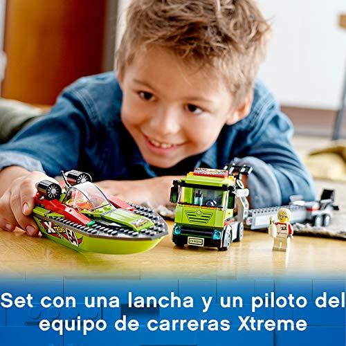LEGO City Great Vehicles - Transporte de la Lancha de Carreras, Flota en el Agua, Incluye Minifigura de un Conductor de Camión y un Piloto de Carreras, Juguete de Construcción (60254)