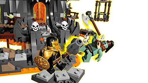 LEGO Ninjago - Mazmorras del Brujo de los Muertos, Set Construcción 2 en 1 para niños y niñas de Aventuras Ninja, minifiguras de Cole, Lloyd, Zane y Princesa Vania, juguete a partir de 9 años (71722)