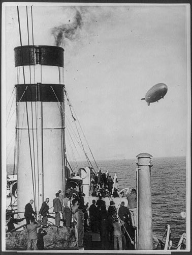 WonderClub Photo: Airship HINDENBERG Over Ocean; Deck of Ocean Liner,April 4,1936,People