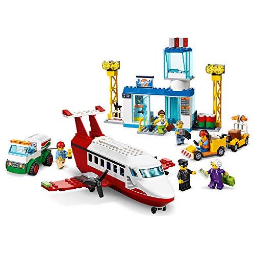 City Airport City4+Aeropuerto CentralSet de JuegoconAvión de Juguete,Camión Cisterna y Figura de Piloto, multicolor (Lego ES 60261)