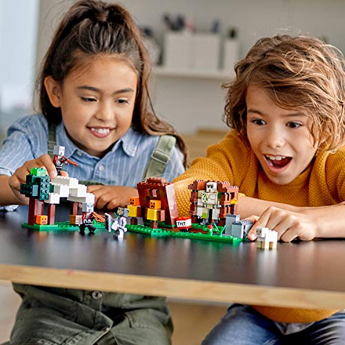 LEGO Minecraft - El Puesto de Saqueadores, Juguete de Construcción para Recrear las Aventuras del Videojuego, Recomendado a Partir de 8 Años (21159)