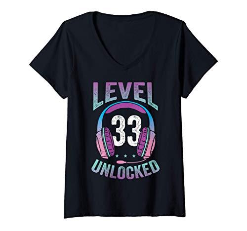 Mujer Gamer Girl Level 33 Unlocked Video Game 33th Birthday Gift Camiseta Cuello V
