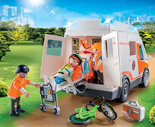 Playmobil - City Life Playset, Ambulancia con Luces, Multicolor (70049)