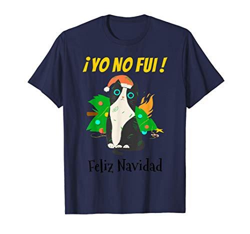 Yo No Fui Gato Negro con Gorro de Santa y Árbol de Navidad Camiseta
